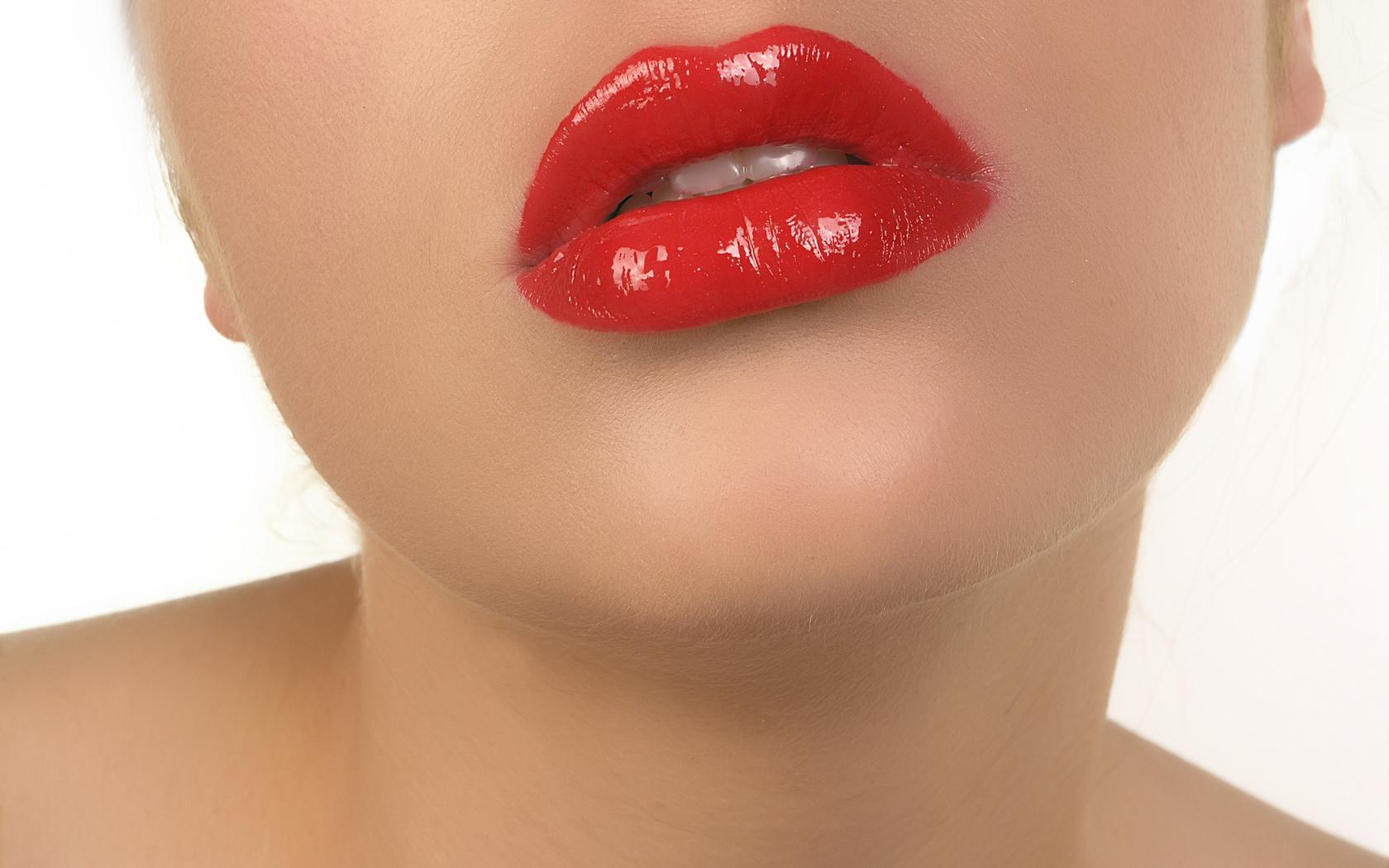 Сексуальные губы девушек
