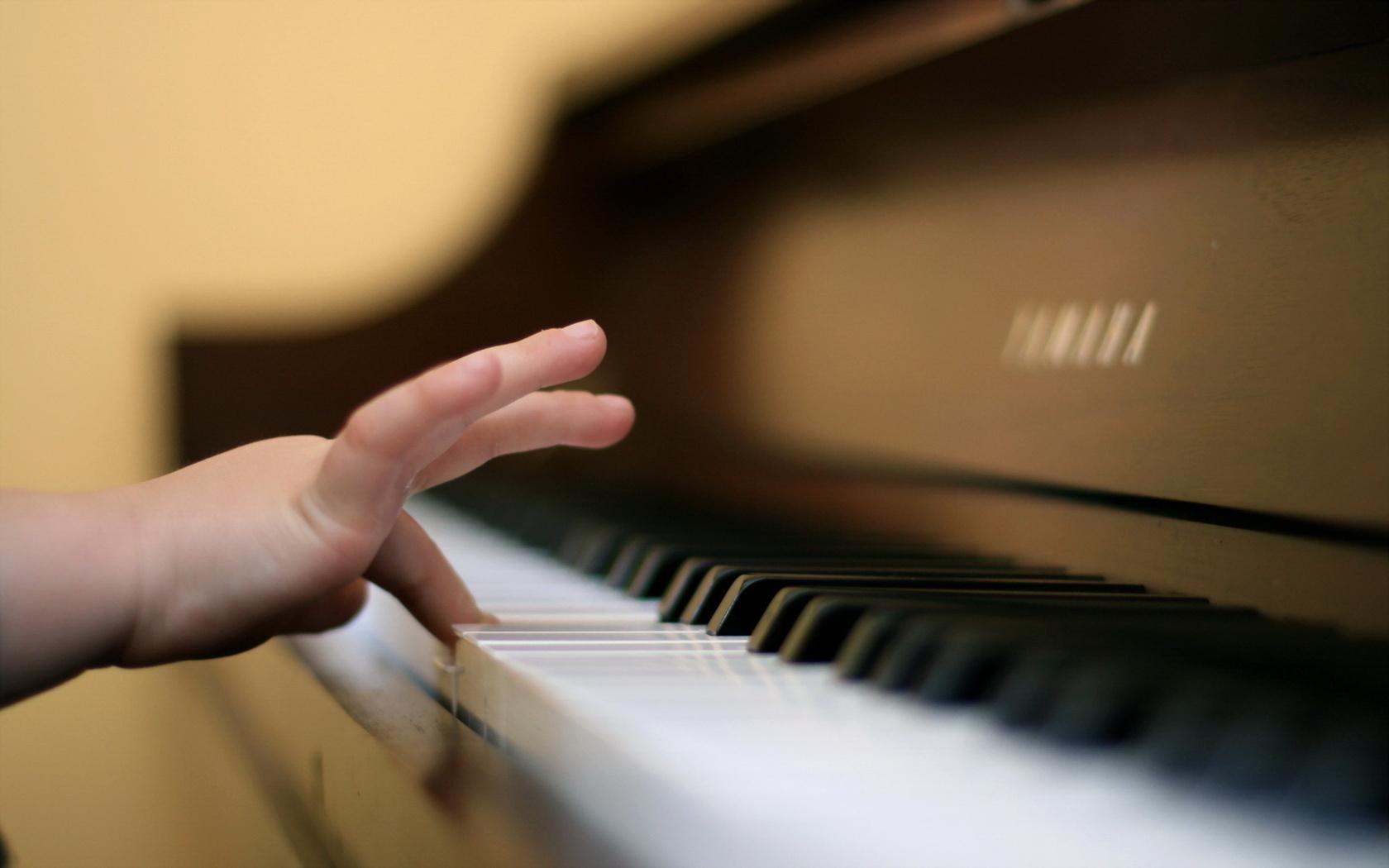 Играть на пианино своими руками фото